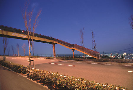 Kid's Bridgeの夜景